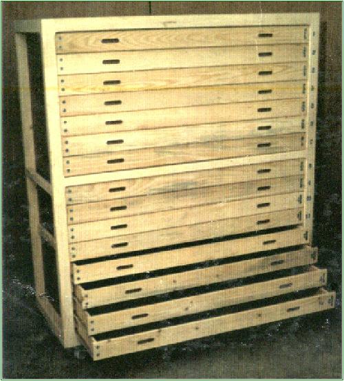 Armarios de madera con cajones